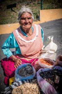 86 jährige Bäuerin